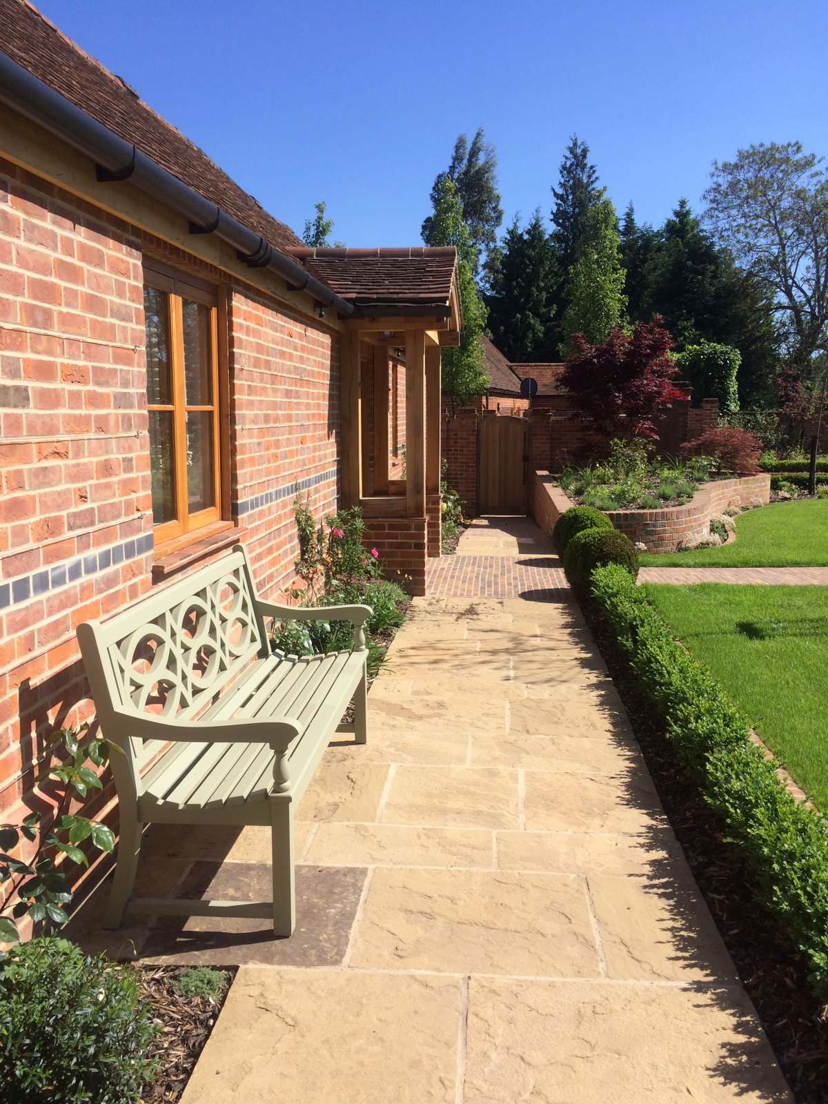 Private Garden Oxfordshire 11